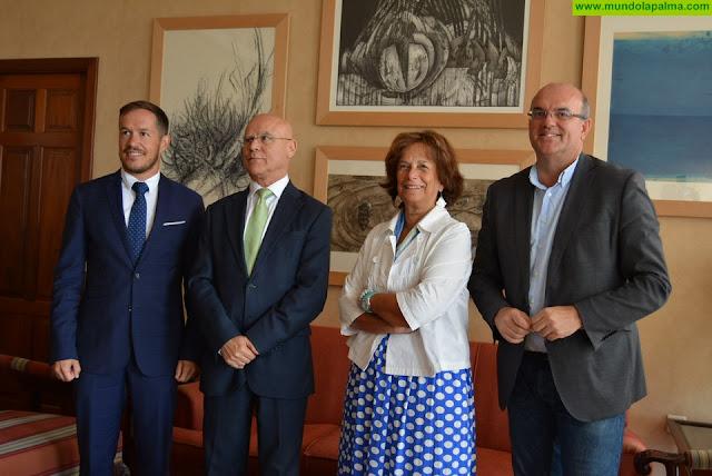 Cabildo de La Palma y Diputación del Común impulsan la puesta en marcha de un premio de Derechos Humanos y un museo de Diario de Avisos