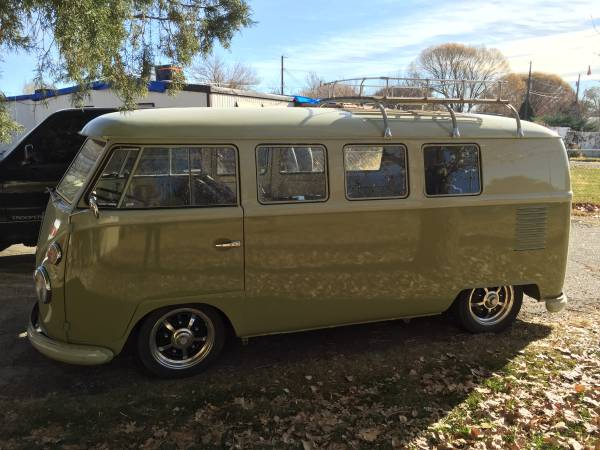 1962 Vw Bus Safari Window For Sale Vw Bus Wagon