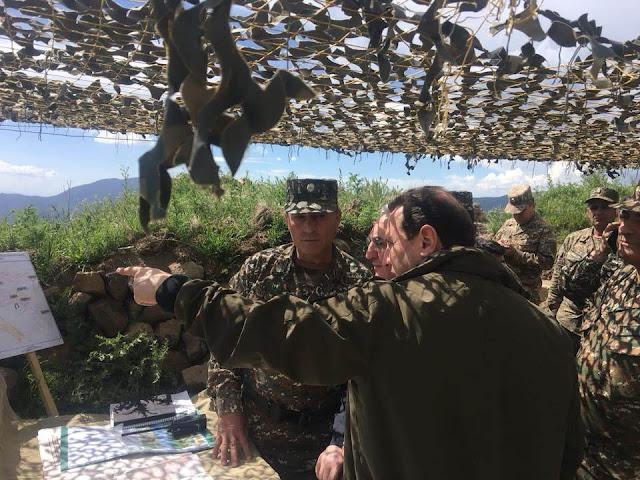 Ministros armenios visitan frontera compartida con Najichevan
