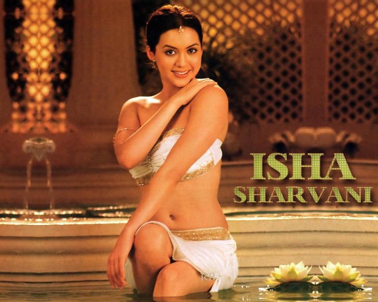 Isha sharwani en bikini