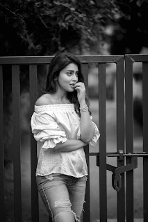 Shriya Saran Hot Pics In Toned Jeans