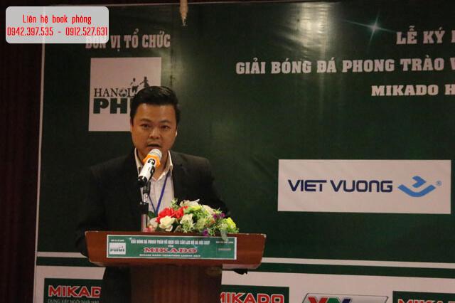 Lễ kí kết và ra mắt tài trợ giải bóng đá Mikado Hà Nội Champions League 2017