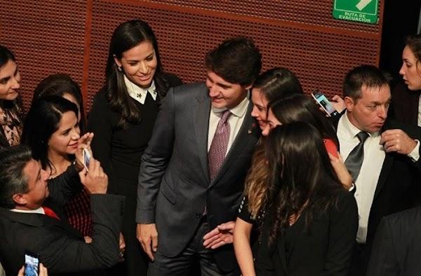 """Diputadas acosaron al primer ministro de Canadá, """"quiero una foto contigo papito"""", decian.."""