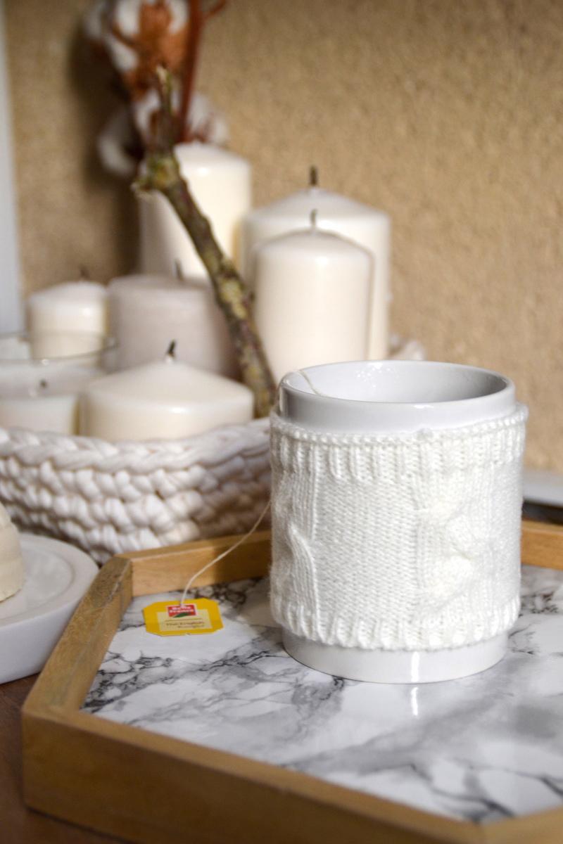 Mug Maisons du monde et Plateau marbre DIY et bougies Ikéa