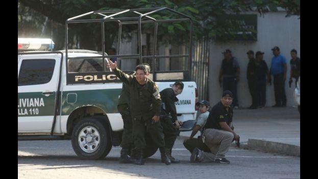 Policías y Grupo DACI actuaron ayer para impedir el robo a la joyería que dejó como saldo cinco fallecidos
