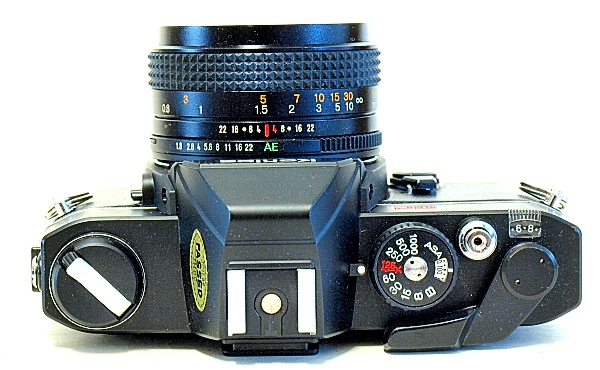 Konica Autoreflex TC, Top