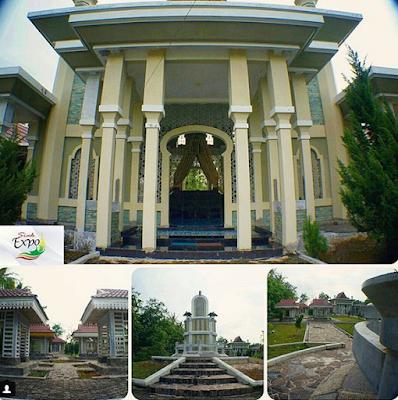 Komplek Makam Raja Siak