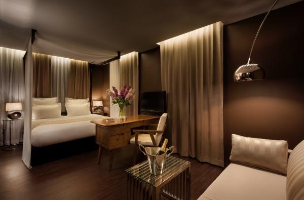 Dormitorios con paredes marrones dormitorios con estilo - Decoracion de paredes de dormitorios ...
