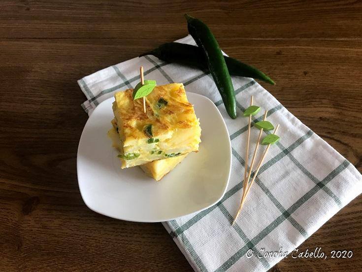 tortilla-guindilla-mesa