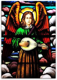 Anjo tocando bandolim - Igreja São João, São João do Polêsine (RS)
