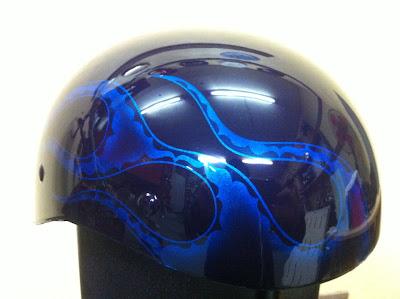 128420584 - カスタムペイント工程  ダックテールヘルメット ブルーフレイムス