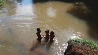 46 chicos misioneros debían atravesar el arroyo Chafariz