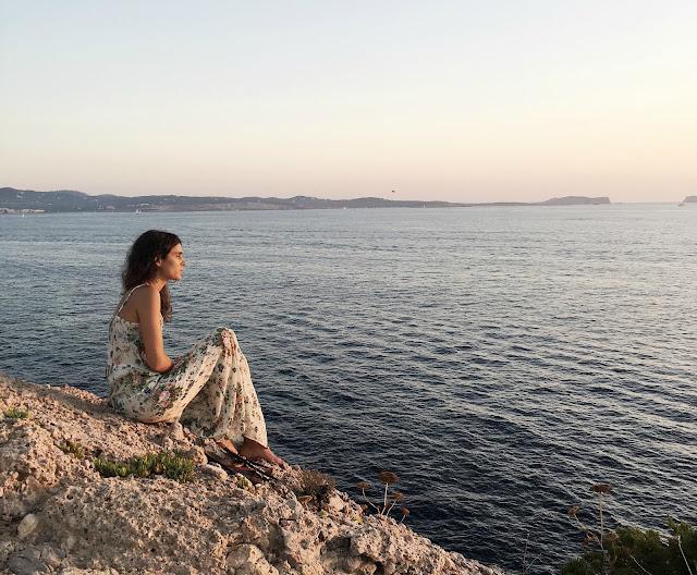 la felicidad es… puesta de sol en Ibiza