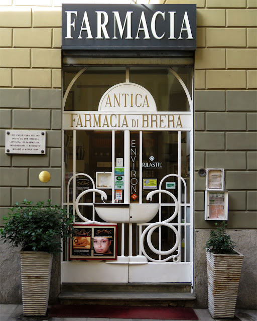 Antica Farmacia di Brera, Via Fiori Oscuri, Milan