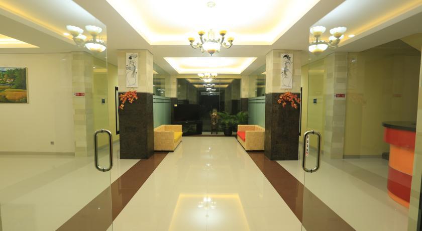 Bali Mega Hotel 15