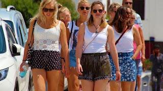 İngiliz turist Türkiye'ye akın ediyor
