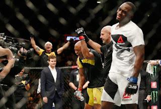 Anderson luta com seriedade, vence Brunson e se emociona no UFC 208