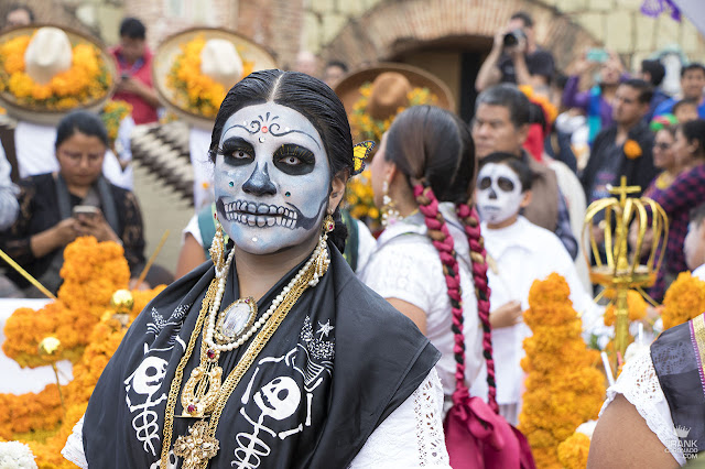 China Oaxaqueña de catrina en el día de muertos en Oaxaca