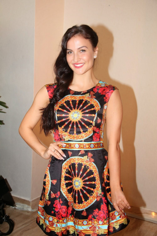 Elli Avram Hot Leg Show Photos In Black Dress