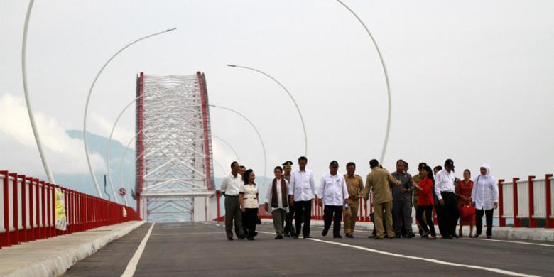 Jembatan Pak Kasih Tayan