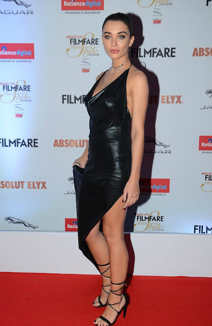 Amy jackson hot at filmfare glamour awards 2016 pics