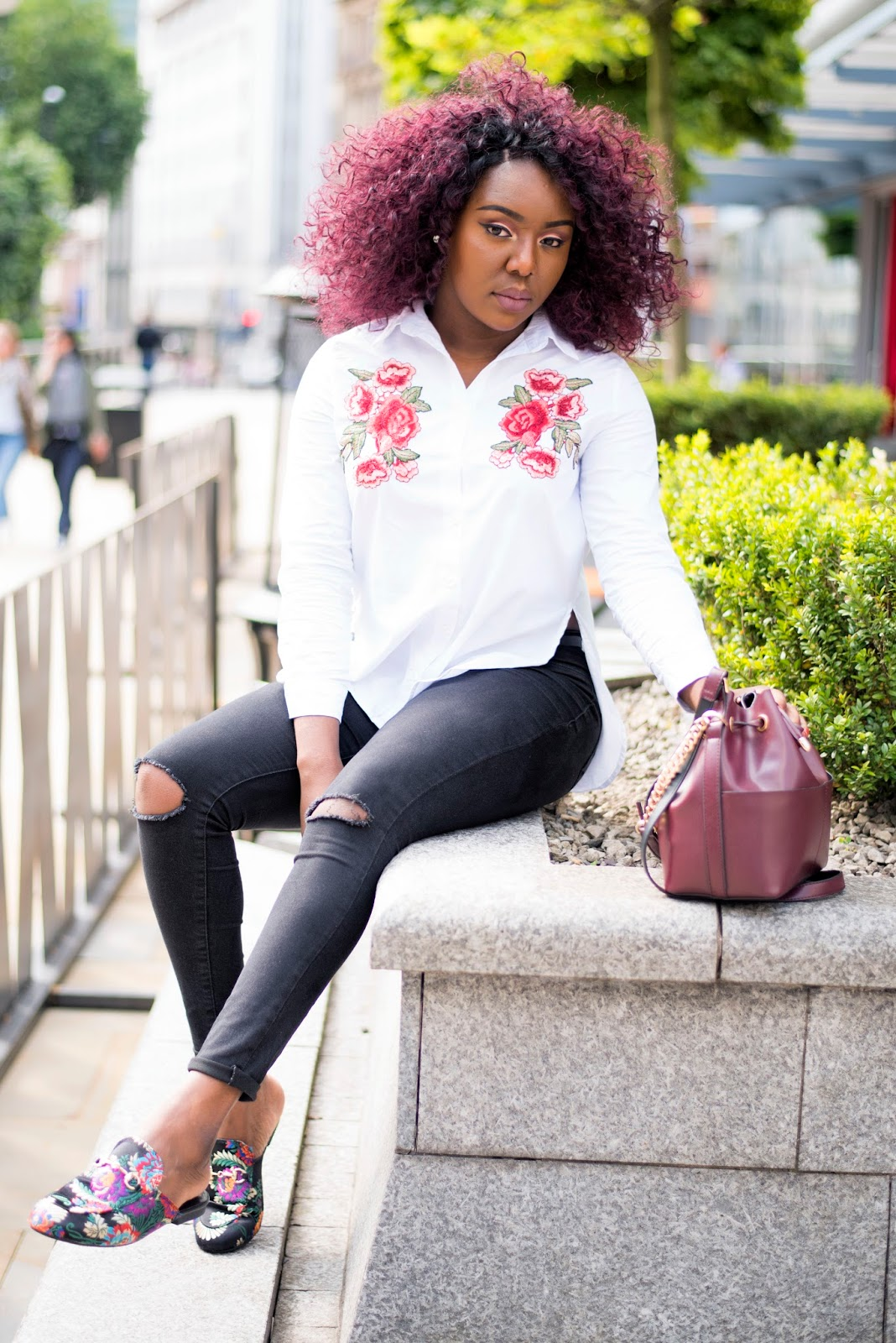 STREET STYLE , MULES SHOES + EMBROIDERED SHIRT