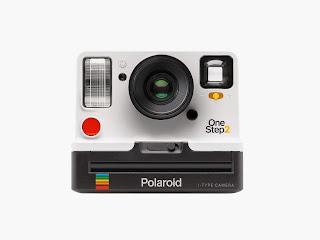 Kamera Polaroid / Catatan Adi