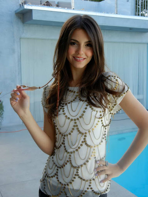 Victoria Justice In Pretty Tiger Beat Photo Shoot