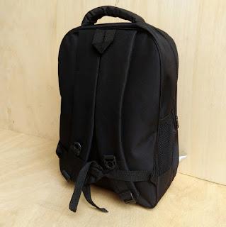 Tampak Belakang Tas Ransel Laptop R Black