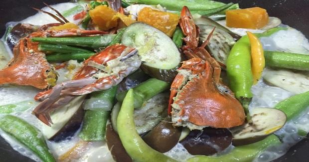 Ginataang Gulay With Baby Blue Crabs Recipe