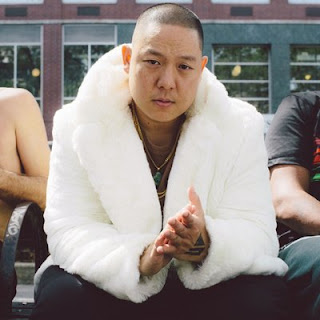 Eddie Huang wife, brothers, net worth, family, married, girlfriend, real family, fiance, engaged,  who is, jessica huang, fresh off the boat, adidas, double cup love, chef, book, show, dena, viceland, fresh off the boat book, adilette, restaurant, baohaus, instagram