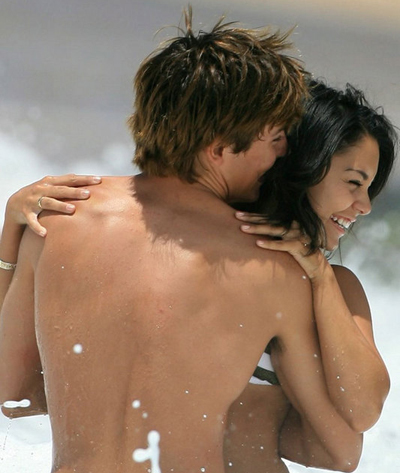 Zac Efron Vanessa Hudgens Naked 36