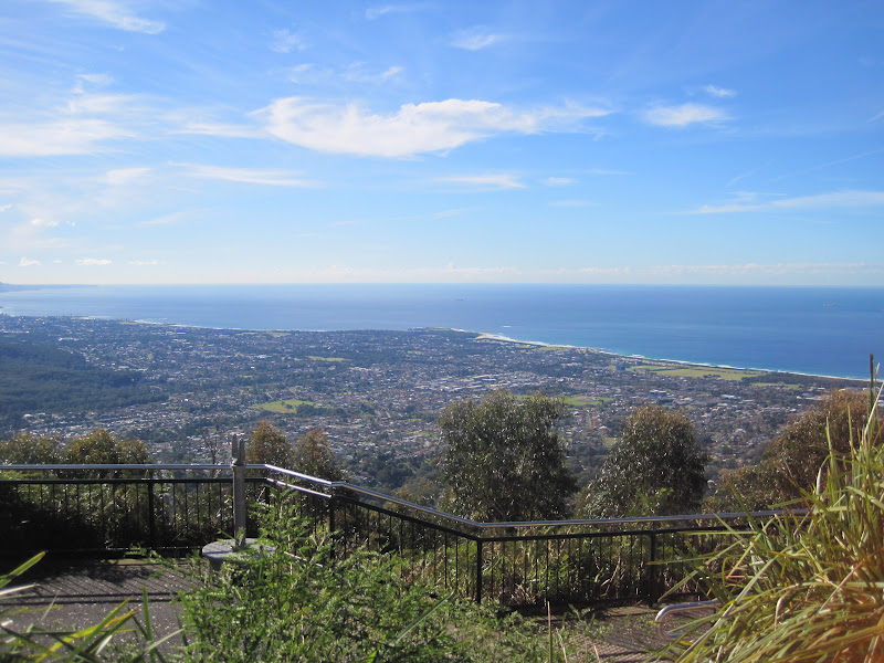 mount keira lookout - 800×600
