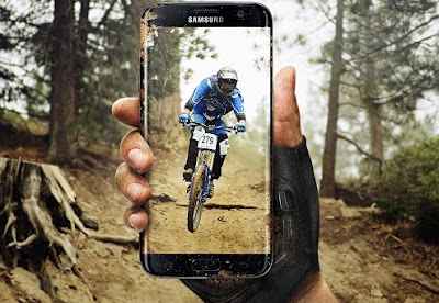 Samsung Galaxy S7 Edge Tahan air dan debu