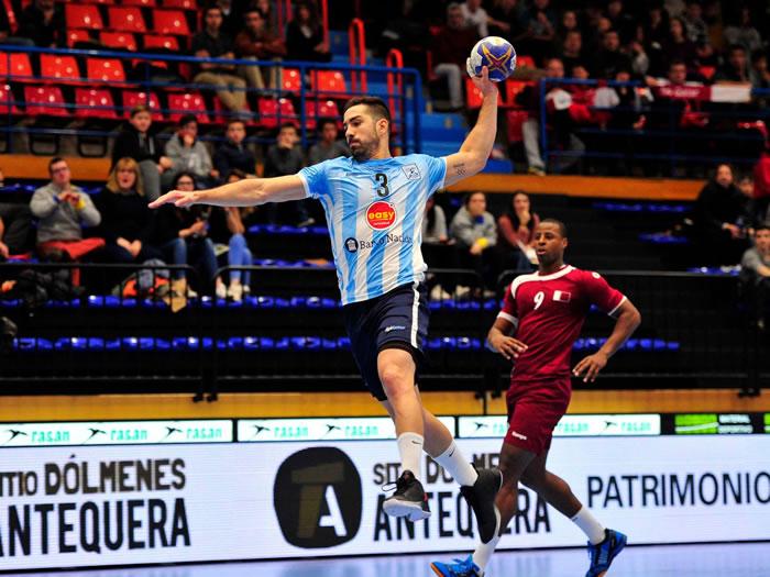 Federico Pizarro vs Qatar