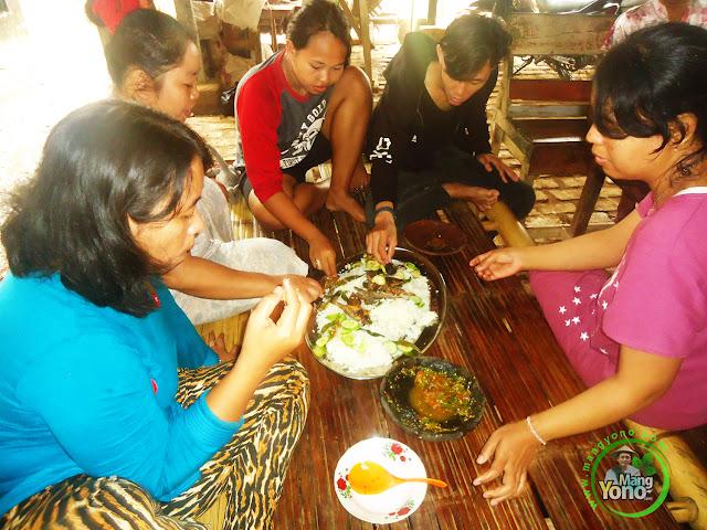 FOTO 2 : Keseruan Yang Bisa Didapatkan Jika Makan Bareng