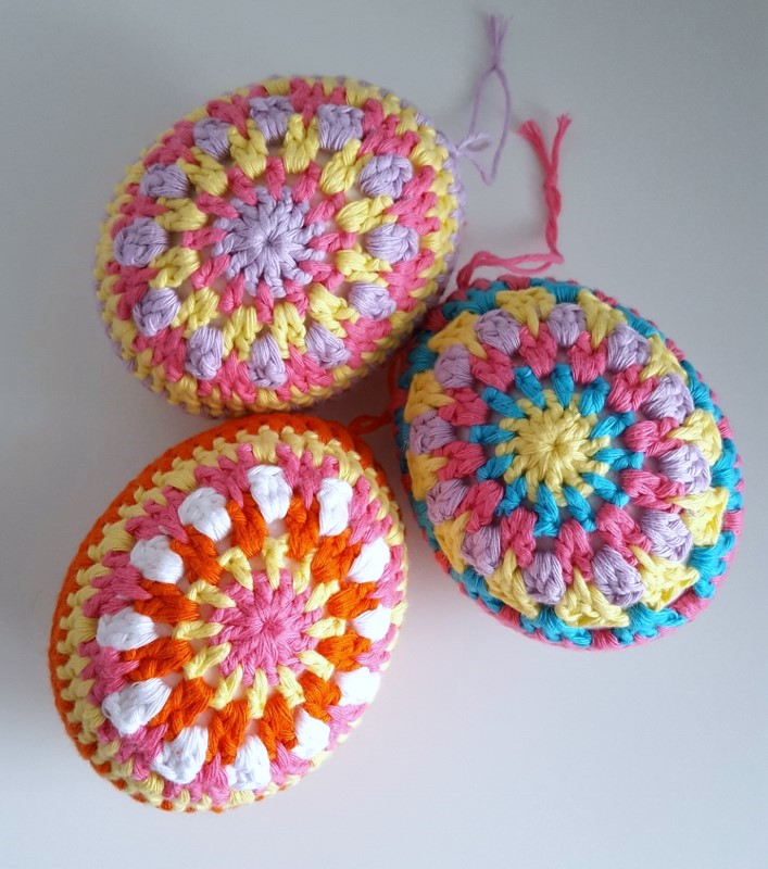 Dinki Dots Craft Multi Coloured Crochet Easter Eggs Pattern
