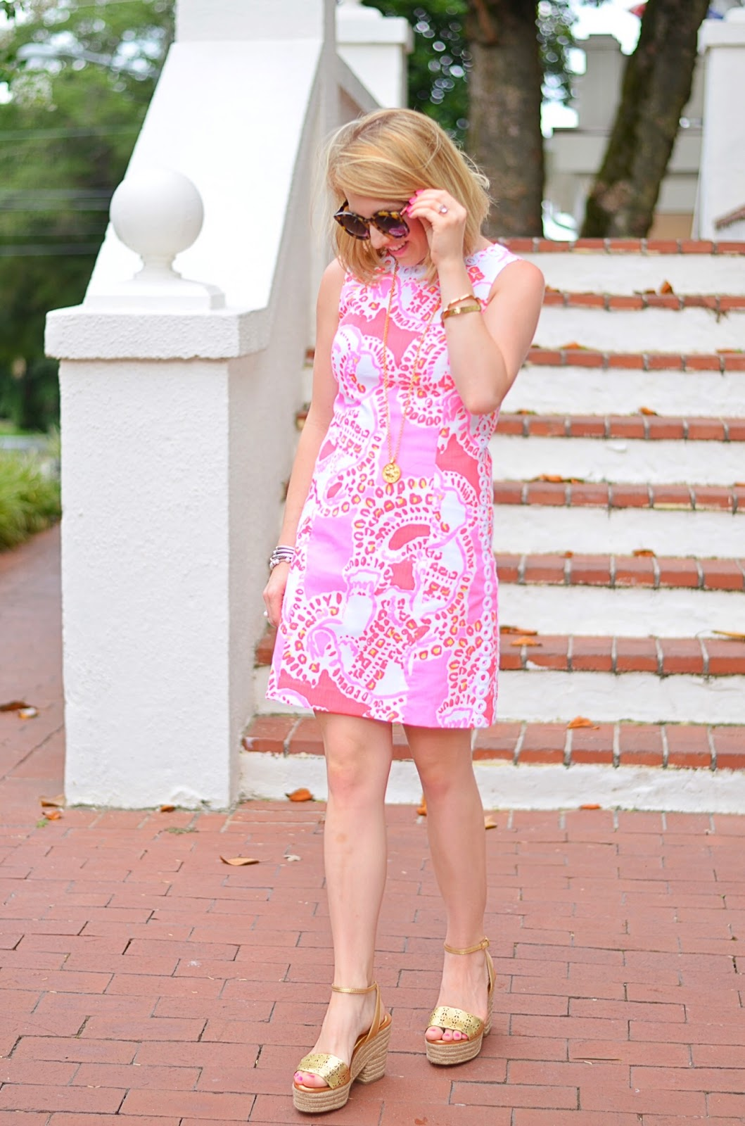 Lilly Pulitzer Hot Coral Trunk In Love