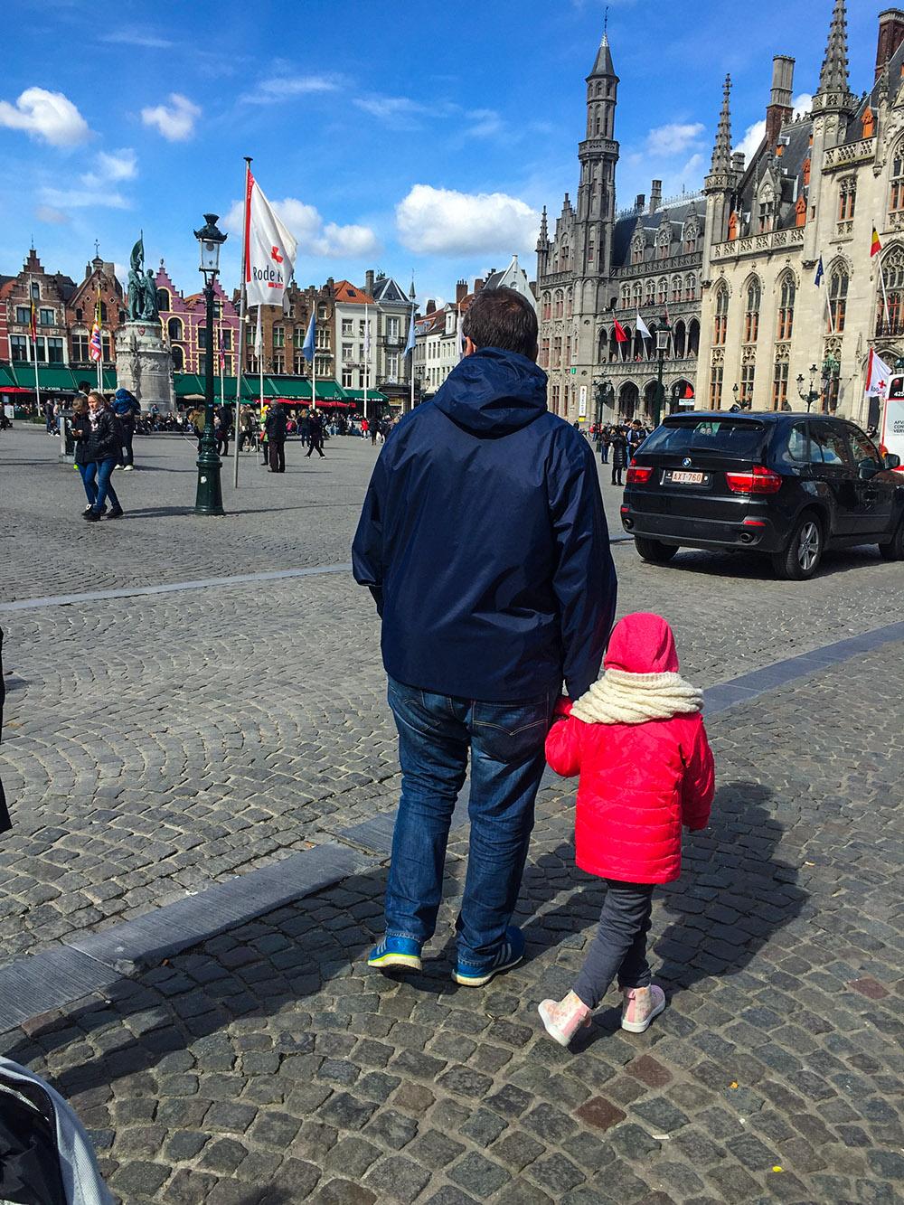 Markt Place, a praça do mercado, em Bruges.