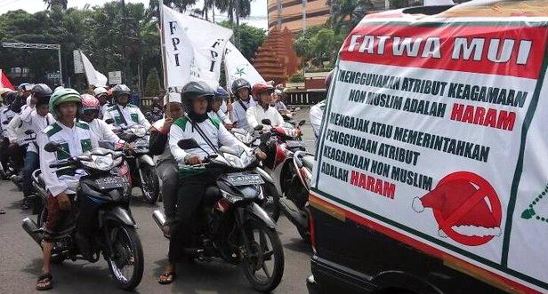Polisi Tegaskan Bahwa Aksi FPI Di Mall Dan Swalayan Bukan Sweeping, Tapi Sosialisasi