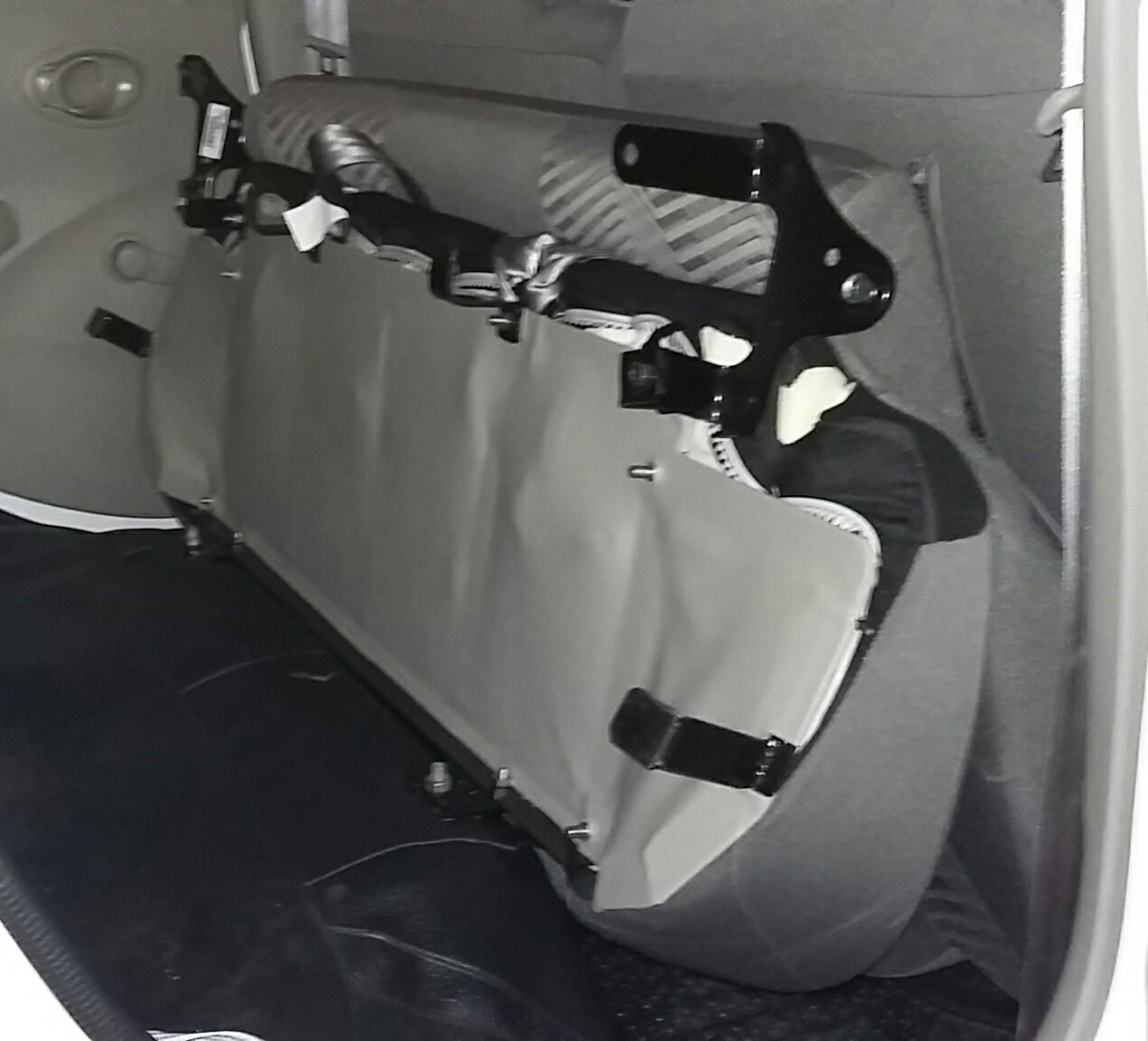 Usaha Sampingan: Bracket Jok Lipat Datsun Go+ Panca