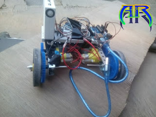 How to make a Obstacle Avoiding robot using arduino & L293d IC- - Andro Root