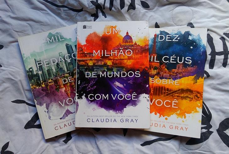 Claudia Gray; Claudia Gray resenha; Claudia Gray haper Collins; Claudia Gray harper collins brasil; Um Milhão de Mundos Com Você Claudia Gray; resenha Um Milhão de Mundos Com Você; trilogia firebird; resenha trilogia firebird