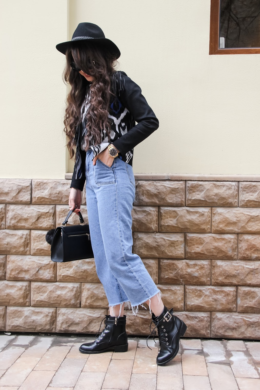 fashion blogger diyorasnotes adras jacket mom jeans boots hats national uzbek print