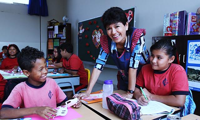Los aumentos fluctuarán entre 100 y 253 soles para los maestros nombrados y contratados, este es el primer incremento de los dos previstos para este año.