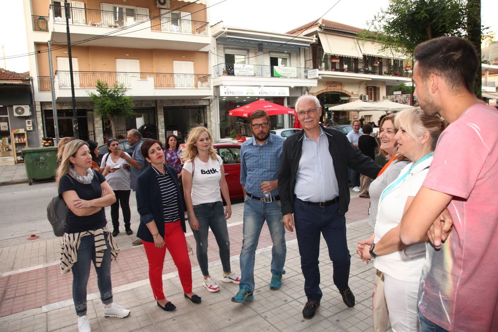 Επίσκεψη δημάρχου και υποψηφίων της Συμπαράταξης Λαρισαίων στην Φιλιππούπολη