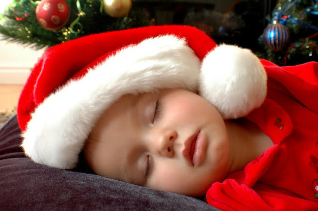 Cute  Baby Christmas Wallpapers