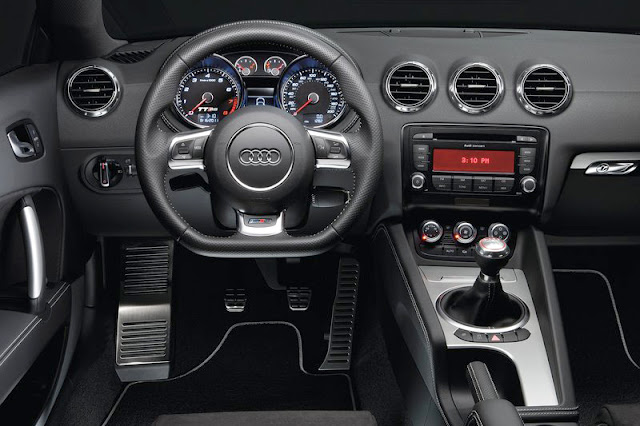 2013 Audi TT RS Coupe Front Interior