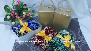 mini sejadah with box
