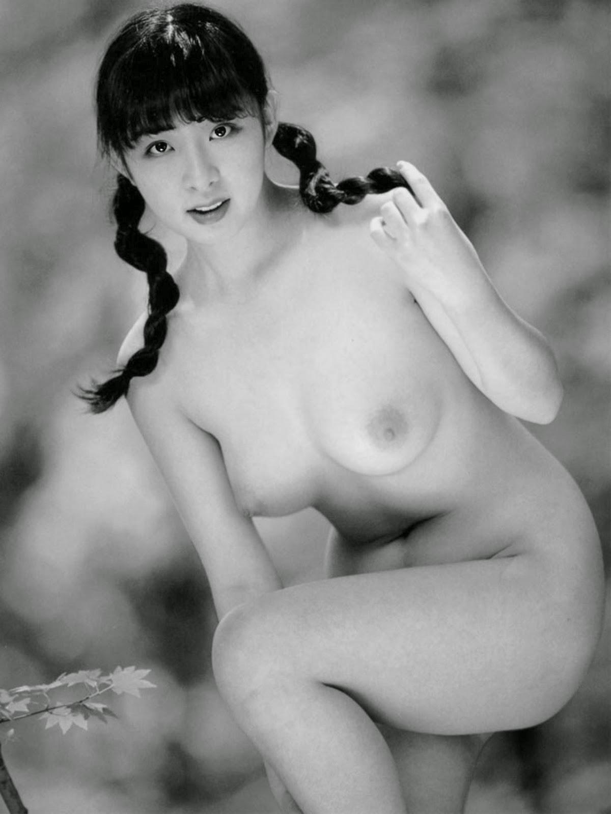 nude actress mona freeman